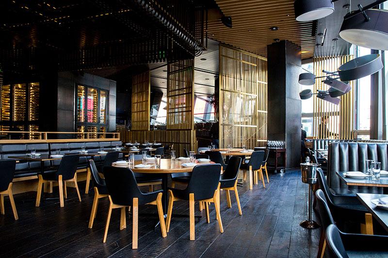 Diferentes estilos de mesas para amueblar tu restaurante